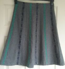LAURA ASHLEY Wool blend Flared Skirt Embroidered Grey/green/Navy Size 10 Smart