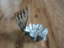 Flower Pan w Handle France Set 6 Magaerite Rod