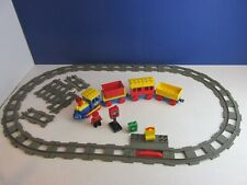 lego DUPLO TRAIN TRACK ENGINE DRIVER FIGURE set GREY OVAL carriages JUNCTION 46T