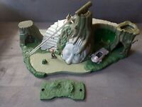 Star Wars Micro Machines Naboo Temple Ruins Playset - Incomplete