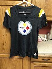Nike Women's Black Pittsburgh Steelers NFL Football V-Neck T-Shirt Size Medium