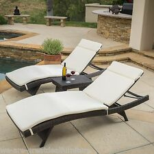 Brown Wicker 3pc Adjustable Chaise Lounge Chairs Beige Cushions & Accent Table