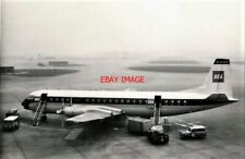 PHOTO  VICKERS VANGUARD 953 G-APER 'AMETHYST' AT HEATHROW AIRPORT MAY 1963 FROM