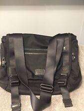Tumi Messenger Crossbody Bag Briefcase Laptop Black Nylon Carry On 16x13