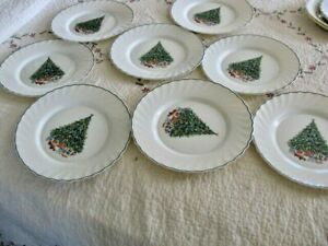 "Set Of 8 Salem NOEL Porcelle Christmas Tree  Dinner plates 10.75"" perfect"