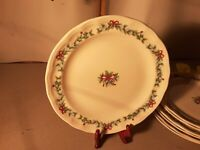 PFALTZGRAFF Christmas RED RIBBON with Bow Stoneware Dinner Plates Holiday Set 7