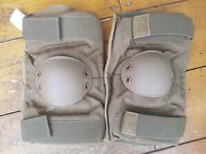 US Army / Military Hard Shell Elbow Pads SIZE SMALL Coyote Tan - Used Grade 1