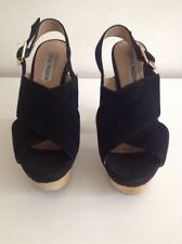 Steve Madden Ladies High Block Wood Platform Heels Black Suede Size 4 Peep Toes