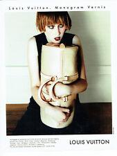 Publicité advertising 118  1996   Louis Vuitton  bagages malle Monogram