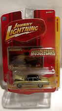 Johnny Lightning Musclecars 1964 Ford Fairlane Thunderbolt