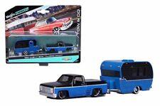 Maisto 1:64 Tow & Go 1987 Chevy 1500 Pickup w/ Classic Craft Trailer 15368-20A