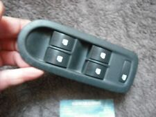 A GENUINE RENAULT SCENIC 2 2004-2007 FRONT DRIVERS DOOR ELECTRIC WINDOW SWITCHES