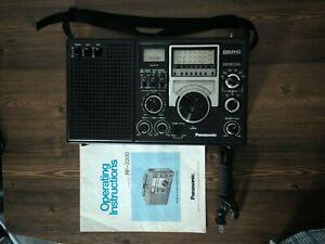 Panasonic 8BAND FM/AM/SW1-6  Receiver Model No RF-2200, Excellent.