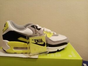 brand new women nike AIR MAX 90,size 7US