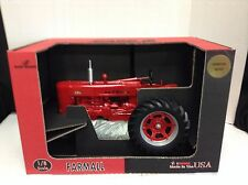 CASE IH 1/8 FARMALL 400 SIGNATURE SERIES SIGNED BY J ERTL TOY TRACTOR COLLECTOR