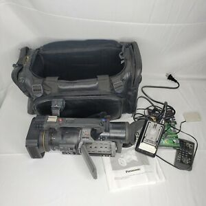 Panasonic AG-DVX100A Camcorder - Case, BATTERY, CHARGER, REMOTE