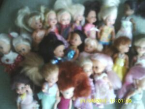 """Lot of 20 - 4-5"""" Girl Mattel Kid Kore Play Dolls ALL w/Clothes 4 w/Shoes ~ VGUC"""