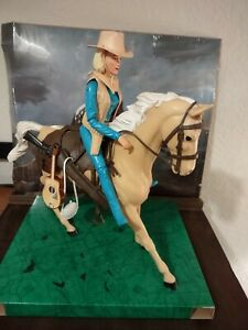 """***Marx Johnny West Horse """"Flame"""" And Jane West 1960s Vintage Action Figures****"""