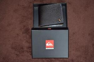 QUIKSILVER FUJI Surf Men's BLACK LEATHER Wallet. New.rrp $49.99 Multi-Card.