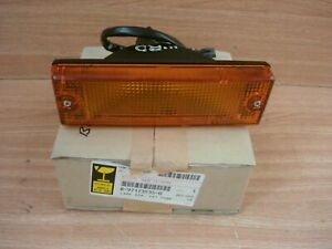 Turn Signal Front Right fits Isuzu Pickup TFS TFR UCS Chevrolet LUV Genuine