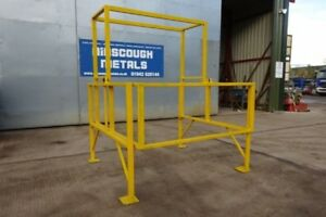 Used Yellow Pallet Safety Gate For Mezzanine Floors / Palletised Loading Gate **