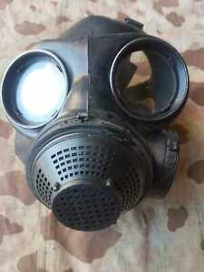 Original Armee Gasmaske  !