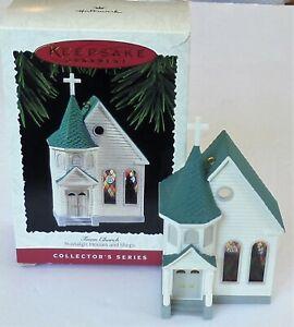 1995 Hallmark  Keepsake Ornament #12 Nostalgic Houses & Shops Series TOWN CHURCH