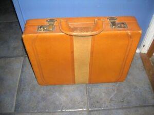 Vintage Retro Tan LEATHER & SUEDE Brief Case i-pad Man-bag Sandwiches + KEY