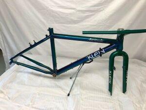 Vintage Klein Attitude bike frame with original horizon linear fade paint