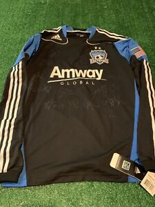 San Jose Earthquakes 2010-2011 Adidas SIGNED Long Sleeve MLS Soccer Jersey Large