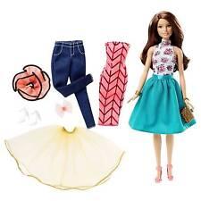 Barbie Fashion Mix N Match Brunette 10 Pieces 20 Looks Doll DJW59