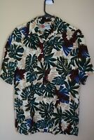 Hilo Hattie Hawaiian Short Sleeve Button Down Shirt Tropical Leaves Mens Small