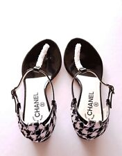 Chanel CC Logo Tweed & Patent Leather Beaded Thong Sandals (38)