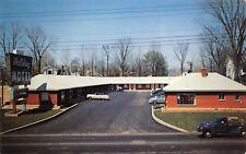 Richmond Indiana 1950s Postcard Holiday Motel Cars Truck
