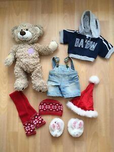 Build a Bear Teddy Champ + Jeans Latzhose + Sweatjacke + Kleidung