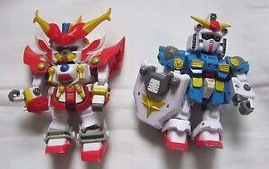 Lot of 2 Transformers Action Figures Bandai 03 China 72503 Red Blue Gundams