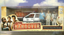 1/18 GREENLIGHT FORD CROWN VICTORIA POLICE INTERCEPTOR & 3 FIGURES THE HANGOVER