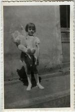 PHOTO ANCIENNE - VINTAGE SNAPSHOT - ENFANT JOUET OURS PELUCHE OURSON -TEDDY BEAR