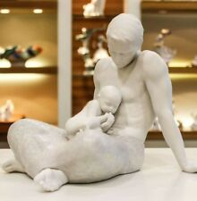 Porcellana Artistica in Biscuit. La Paternità. Fantastica creazione.