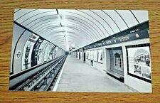 LONDON TRANSPORT POSTCARD ~ VICTORIA LINE AT EUSTON STATION ~ PHOTOGRAPH ~ 1968