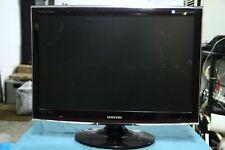 "Samsung SyncMaster T240HD 24"" 1920x1080  (screen scuffed)"