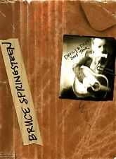 BRUCE SPRINGSTEEN 2005 DEVILS & DUST TOUR CONCERT PROGRAM BOOK / NM 2 MNT