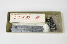 Roundhouse Box Car On The Move In '92 HO Scale Train Model Kit MIB