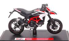 Ducati Hypermotard Sp 2013 White Moto Motorbike 1:18 Model 13016W MAISTO