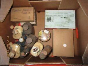 Gros lot d'accessoires anciens pour chargement de cartouches et autres...