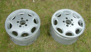 2x Mercedes Benz Classic 8 Hole Alloy Wheels Original Paintwork 7Jx15H2 ET37