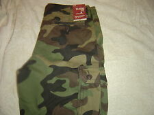 Arizona Camoflage Cargo Shorts 29 NWT # 558