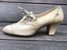 Vintage 1940s Lace Up Leather Oxford Heels with Snake Skin Accents Size 6.5