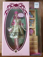 Tarina Tarantino Barbie Gold Label 2007 L9602 nunca quitado de la Caja de Accesorios para el cabello y Muñeca Rosa