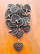 Antique Bronze Heart pendant / charms x 20